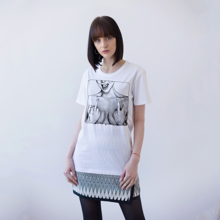WHITE UNISEX T-SHIRT FOR WOMEN 'I'M WHO I'M & I DON'T CARE'