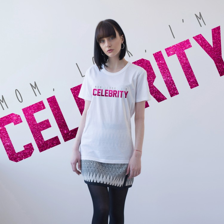 WHITE T-SHIRT FOR WOMEN 'MOM, LOOK, I'M CELEBRITY' (UNISEX)