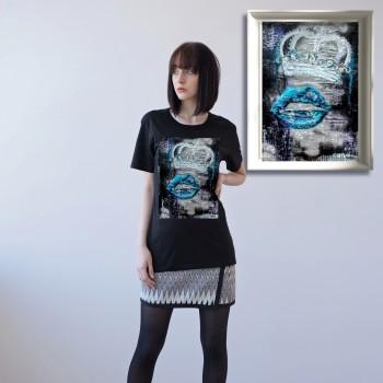 BLACK UNISEX T-SHIRT FOR WOMEN 'THE QUEEN'