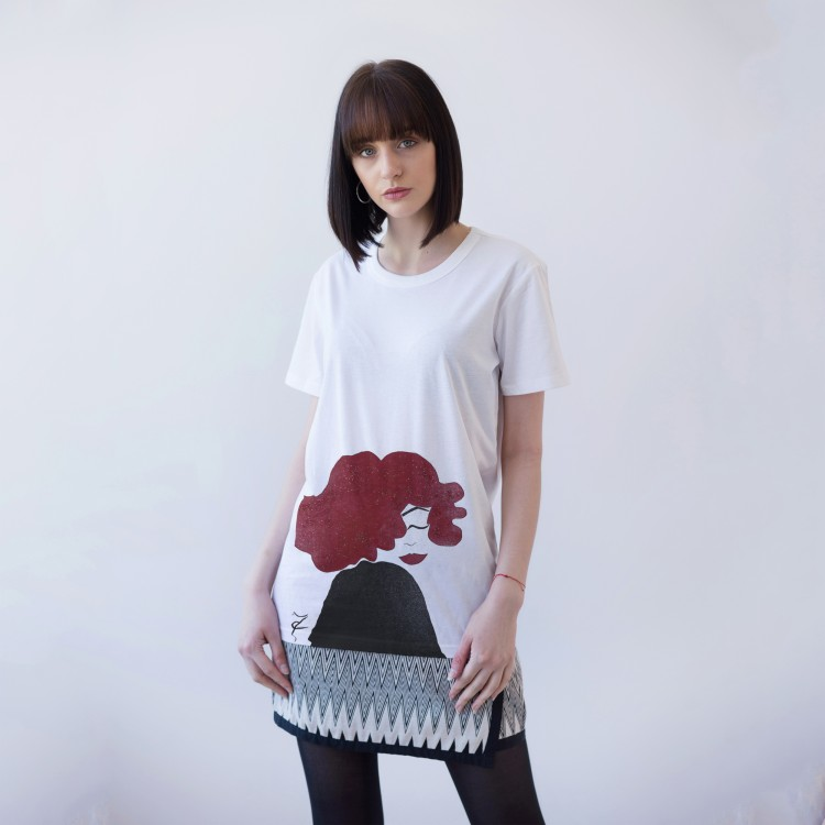 WHITE T-SHIRT FOR WOMEN 'WOMEN WITH A RED HAIR'