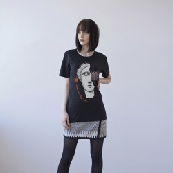 BLACK UNISEX T-SHIRT FOR WOMEN 'FACE'